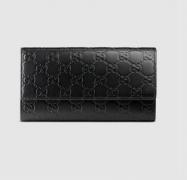 グッチ 財布 レディース シグネチャー レザー GUCCI コンチネンタルウォレット 410100 CWC1G 1000 ブラック 型押しロゴ 長財布