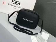 新作商品人気セール バレンシアガ BALENCIAGA ミニバッグ 2019年冬の新作 多色可選 超HOT新品商品