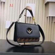 デザイン性の高い フェンディFENDI 必要な一品 ハンドバッグ 4色可選 若々しい雰囲気 尊い逸品