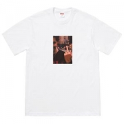 Tシャツ/ティーシャツ リラックスした雰囲気に シュプリームSUPREME 春夏アイテムから新たに登場!