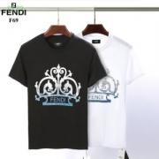 2019に人気もまだまだ継続しています 半袖Tシャツ  大胆に取り入れたスタイル フェンディ FENDI 落ち着いた印象に仕上げ 2色可選