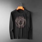 長袖Tシャツ 2色可選 ヴェルサーチ VERSACE 使い勝手のよさが人気 2019年今買う秋冬トレンドはコレ