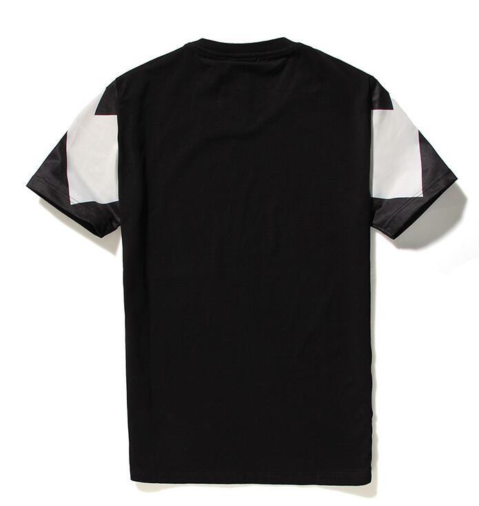 定番獣プリントMARCELO BURLON マルセロバーロン 半袖UネックTシャツ ブラック