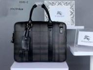 高級感を引き立てる 2015春夏 BURBERRY バーバリー美品 ハンドバッグ 9546-1_品質保証