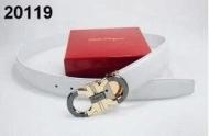 リッチな雰囲気に FERRAGAMO、フェラガモ 存在感のあるベルト ホワイト._品質保証