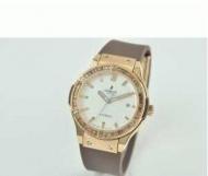 HUBLOT ウブロ時計 ビックバン女性用腕時計 高級 レディース時計 ホワイト文字盤 ゴールド時計 日付表示 ラバー_品質保証