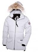 新作 CANADA GOOSE カナダグース コピー レディースファッション 秋冬ロング ダウンジャケット ブラック ホワイト 5色 防寒コート トップス