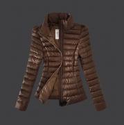 お買い得品質保証 モンクレール レディース MONCLER ダウンジャケット ダウンコート ショート ブラウン 軽量 防寒 ダウン 超人気
