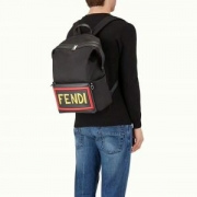 リュック、バックパック デザイン性の高い フェンディ FENDI 2018春夏新作