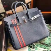 シンプルで合わせやすい  エルメス HERMES トレンド感のある 多色可選 ずっと愛用したいアイテム ハンドバッグ