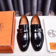大人っぽさ エルメス夏に大注目アイテム2019トレンドスタイル!  革靴 HERMES エルメス