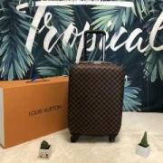 優しい雰囲気を与えてくれる  スーツケース     ルイ ヴィトン LOUIS VUITTON  2019魅力的な新作