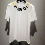 FENDI メンズ tシャツ 洗練されたオシャレ感がある人気アイテム フェンディ コピー ブラック ホワイト ロゴ刺繍 品質保証