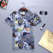 フェンディ ユニセックス tシャツ マガジンにも掲載された人気アイテム FENDI コピー コラボ ユニーク プリント 品質保証