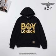 今回トレンドアイテムや旬な着こなし ボーイロンドン BOY LONDON 2019 AWコレクション人気 パーカー 大人可愛い最新のヘアスタイル