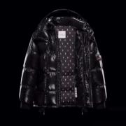 ファッション初心者の方にも使いやすい ダウンジャケット メンズ  2019最新コラボ  MONCLER 4色可選 秋冬一番欲しい人気新作