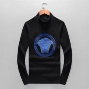 2019秋冬は大人も挑戦しやすい ヴェルサーチ VERSACE 長袖Tシャツ 今年の秋冬のオススメのトレンド